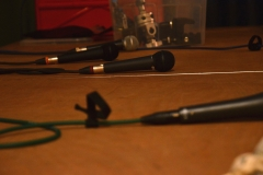 Gesangsmikrofone auf der Bühne