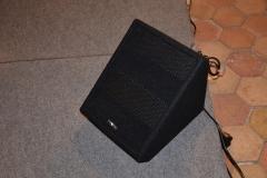 Box SM-80A auf Bühne