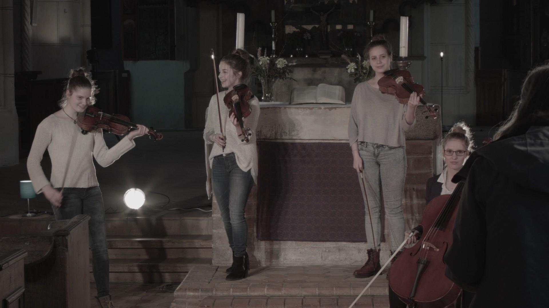 MusikvideoKircheBTS-66